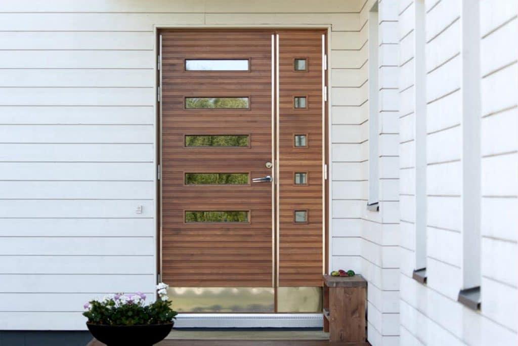 Dörr & fönsterlagret - Byte av ytterdörr